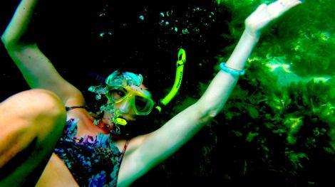 snorkelling under jetty