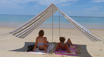 'Moana' beach shade shelter