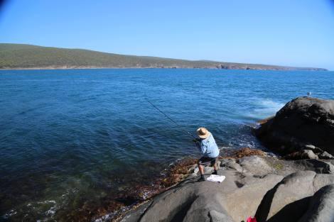 PHOTO 12 fishing